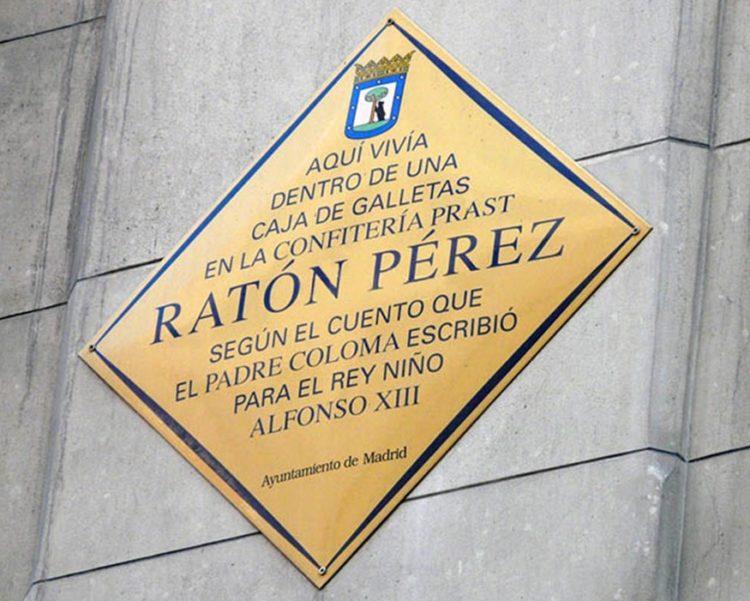 padre-Coloma-rey-Buby-dulce-historia-ratoncito-Pérez